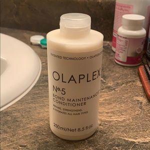 Olaplex #5 Bond Maintenance Conditioner